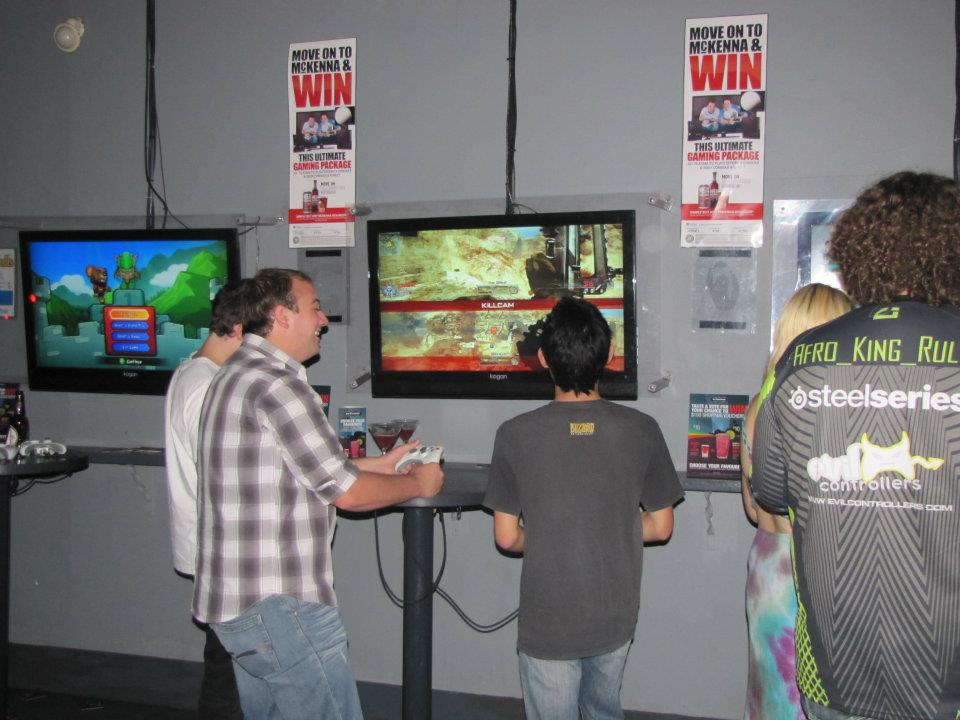 Some patrons at Mana Bar playing Call of Duty