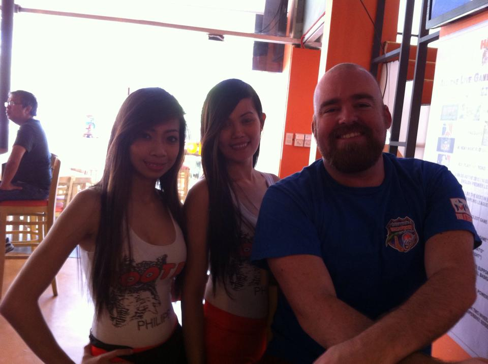 Breakfast at Hooters in Makati