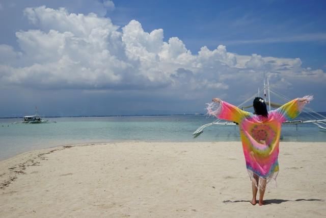 cebu beach girl