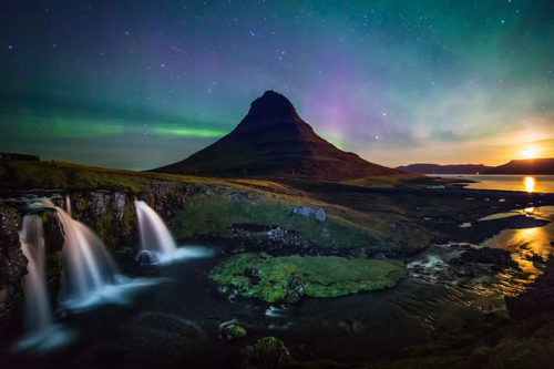 northern lights kirkjufell waterfall